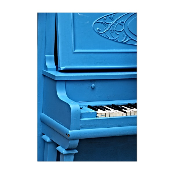 Piano Blues by Julie Maxwell