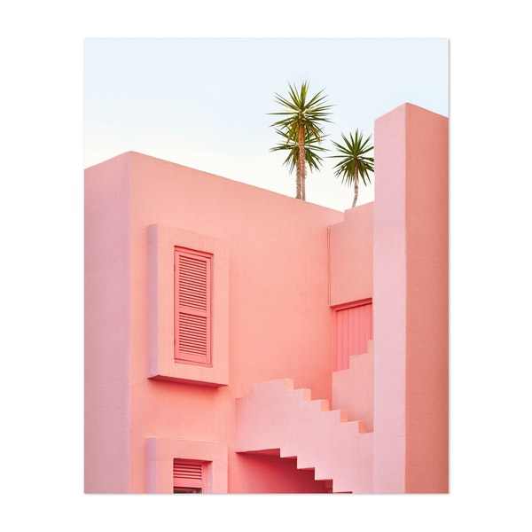 Muralla Roja by Paul Fuentes
